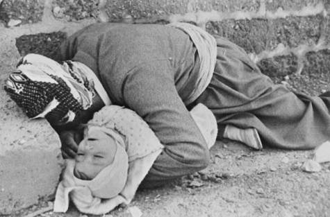 AgoraBeograd ObL61 GRANDAD _ BABY GASSED TO DEATH HALABJA  KURDS
